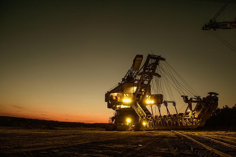 mining-excavator-1736293_1280